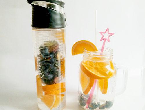 eau aromatisée orange myrtille
